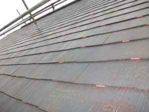 鶴ヶ島市屋根外壁塗装施工例タスペーサー設置