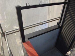 川島町屋根外壁塗装施工例ベランダ手摺塗装